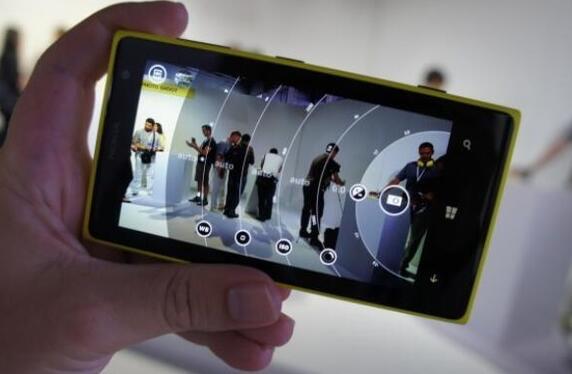 诺基亚500项专利转让 包括专业拍摄界面