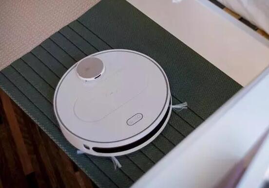360推智能扫地机器人称采用无人驾驶专利技术